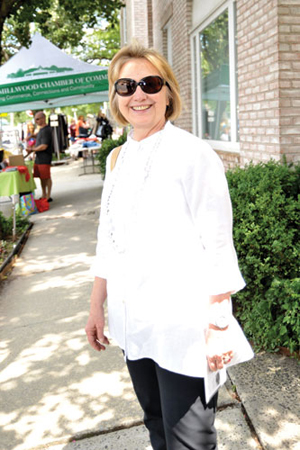 Hillary Clinton enjoying Chappaqua's Summer Sidewalk Sales. Carlyn Simpson Photo*