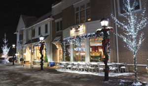 Armonk's twinkling lights invite shoppers and diners to enjoy the holiday season. Sam Morell Photos