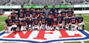 The 2014 Armonk Warriors Football team at MetLife Stadium.