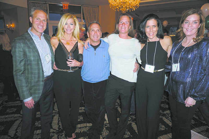 njoying the Chappaqua School Foundation Fundraiser: (L-R) David and Jenifer Gefsky, Bill Wachtell, Annie Zabar, Fran Flamino and Rachel Rader