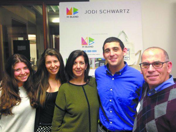 e Schwartz Family (L-R): Stacie, Jodi, Arlene, Zachary & Neal