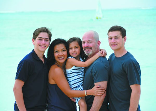 (L-R) Kyle, Tani, Isla, Eric and Jared Gelber